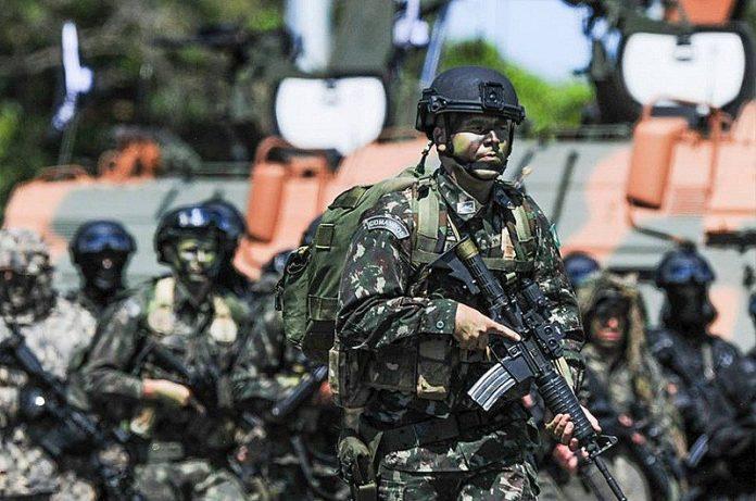 Exército Brasileiro faz exercício histórico na Amazônia simulando invasão inimiga